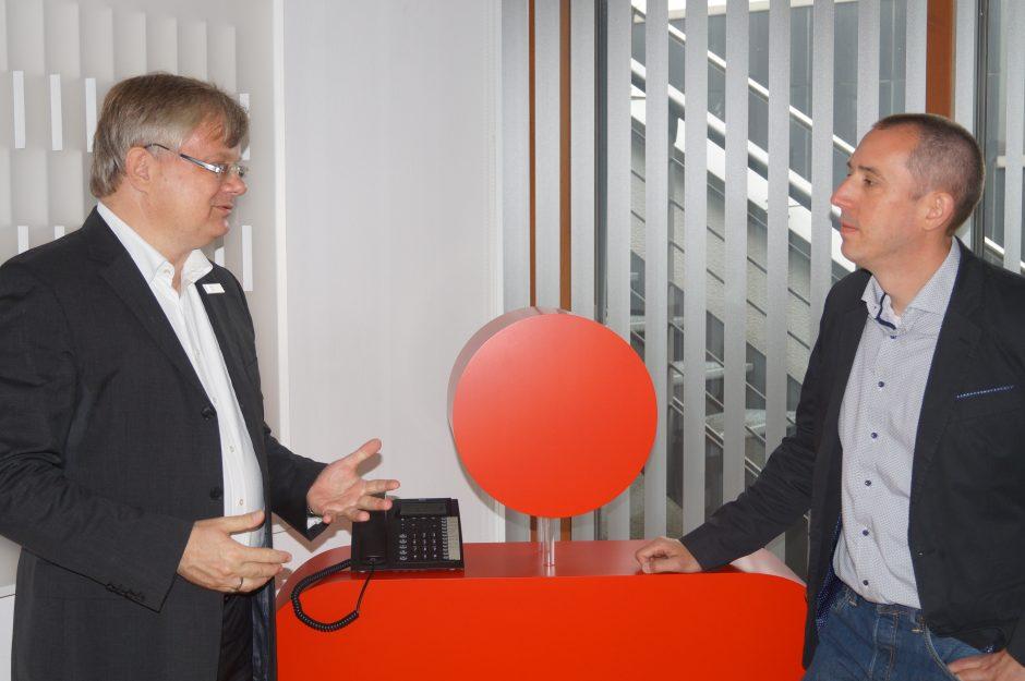Weser-Elbe Sparkasse hat offenes Ohr für die TelefonSeelsorge